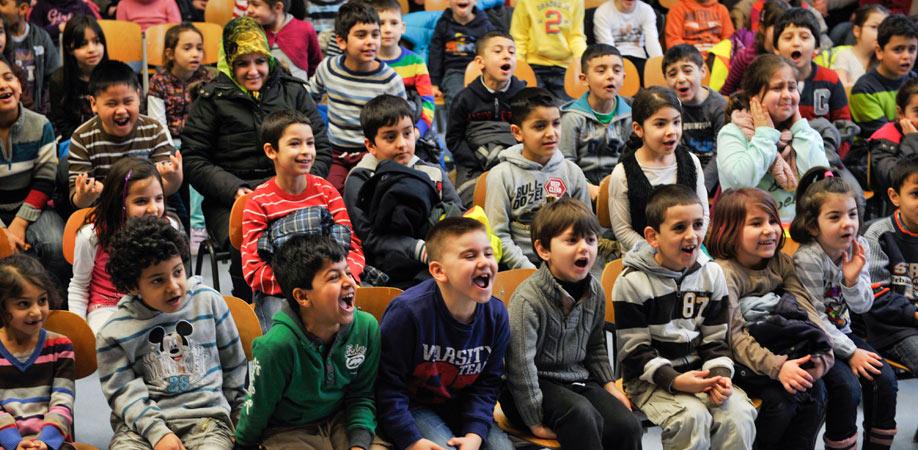 Jede Spende hilft uns, Sprachförderung für Kinder zu ermöglichen.